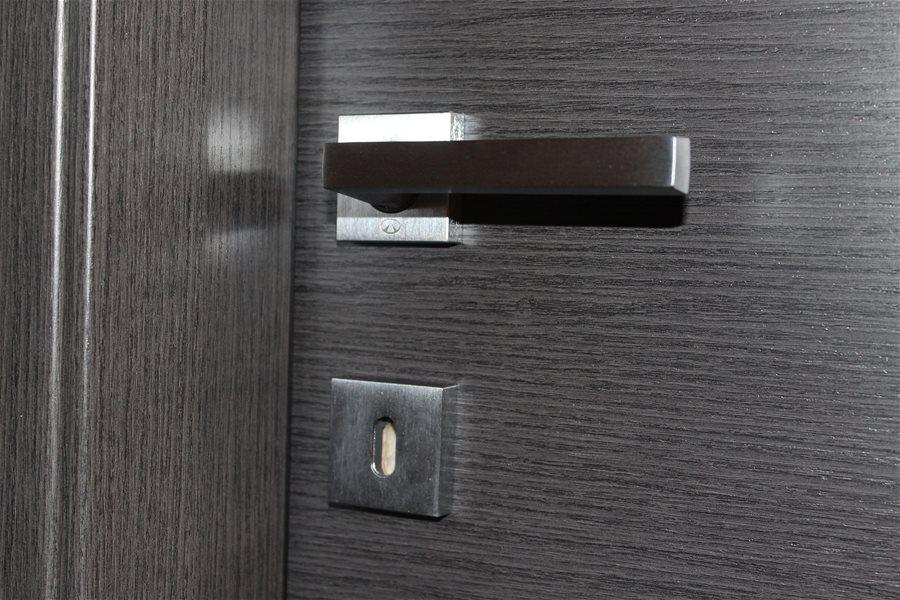 Bellicini porte serramenti una ristrutturazione chic - Cambiare maniglia porta ...